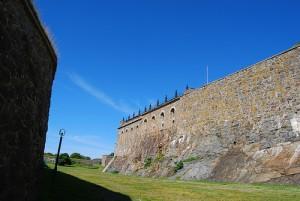 Muralla de un pueblo medieval de Suecia