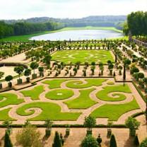Jardines y patios del Palacio de Versalles